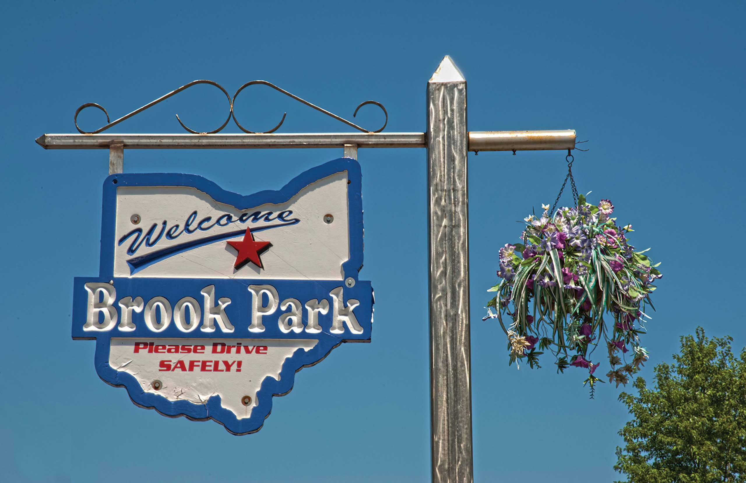 brook park online dating Information, consumer complaints and reviews about businesses, individuals in brook park, ohio.